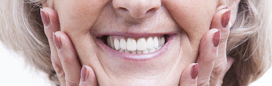What is the Difference between Regular and Hybrid Dentures?