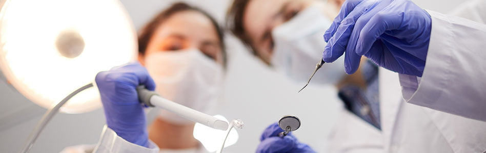 Important Things to Consider When Your Dentist Recommends Teeth Surgery